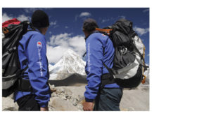 Champion hikers by Mount Everest